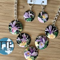Set- Vintage Tin Necklace Floral Purple Iris, Yellow Daisies, Pink Carnations